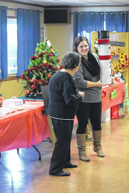 The West Alexandria Coterie Club held its annual Christmas Auction on Saturday, Nov. 10. Attendees came together to raise money for community support and scholarships.
