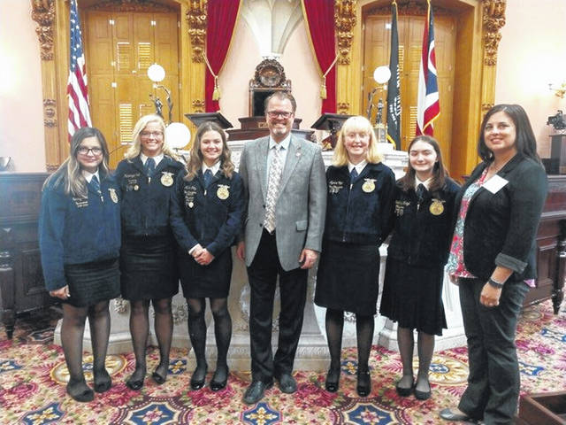On Sept. 25, the Twin Valley South Miami Valley Career Technology Center (MVCTC) FFA officer team attended the Ohio FFA Legislative Leadership Conference in Columbus. Representative J. Todd Smith spent the day with the chapter showing them around the capitol building.
