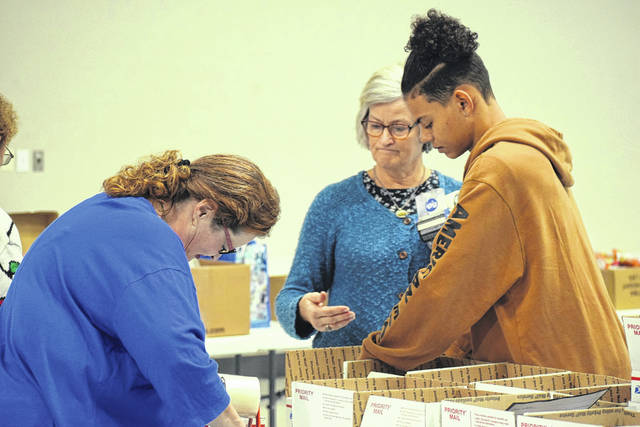 Blue Star Mothers of America Chapter OH 11, Echo-01 held its 13th annual Christmas Packing Party on Saturday, Nov. 16.