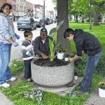 Gallipolis in Bloom spruces up city, park