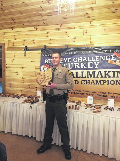 Officer Roy Rucker receives the State Office of the Year Award.