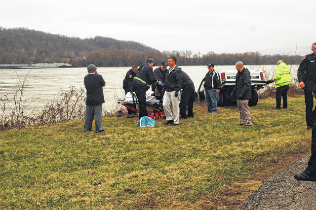 Thursday afternoon emergency personnel responded to Berger Avenue to rescue a man from the Ohio River.
