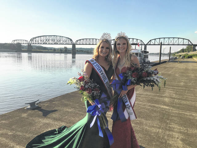 From left are 2018 Miss Sternwheel Regatta Queen Alexis Meadows and Teen Sternwheel Regatta Queen Lexee Wray after being crowned Thursday night.