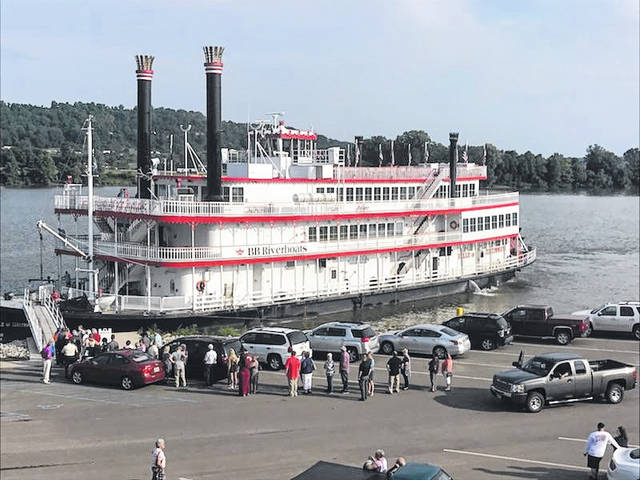 The Belle of Cincinnati stops by Gallipolis as part of her tour of river cities for 2018.