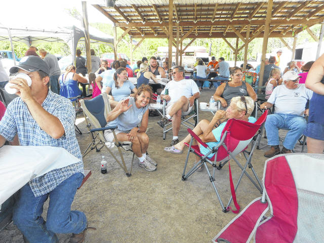 A crowd gathered for the annual horse ride to benefit Make A Wish.