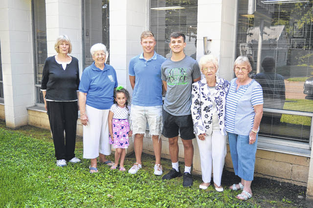 From left to right are Claudia Miller Ina Belle Sibley, Matthew Moreaux, Garett Burns, Phyllis Stewart and Linda Caroll.