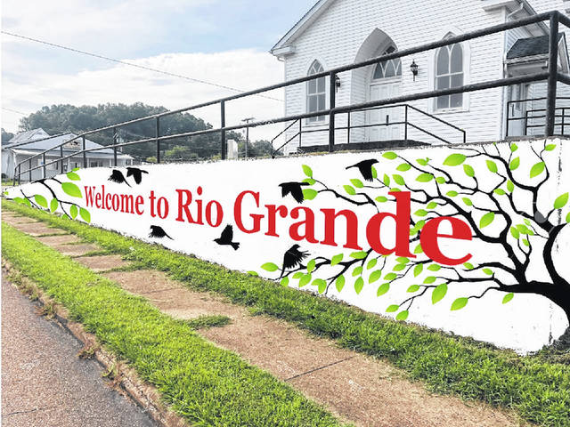 Rio Grande welcomes its visitors and homecomers. Here is a mock-up of the planned mural.