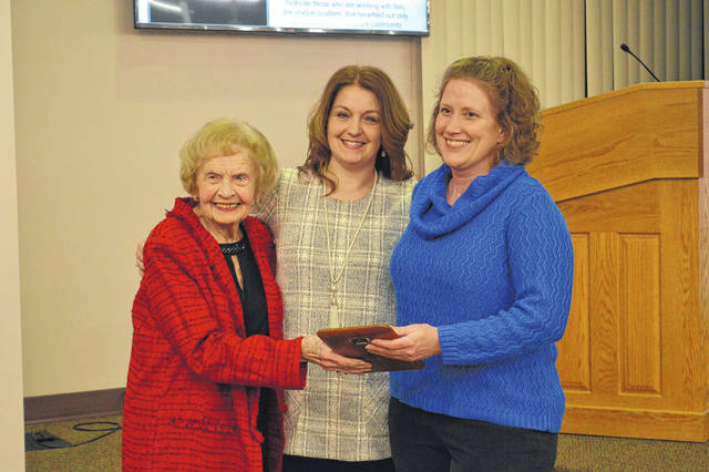 Michelle Miller was presented with the Marianne Campbell Volunteer of the Year Award, presented by Marianne Campbell and Jenni Dovyak-Lewis.