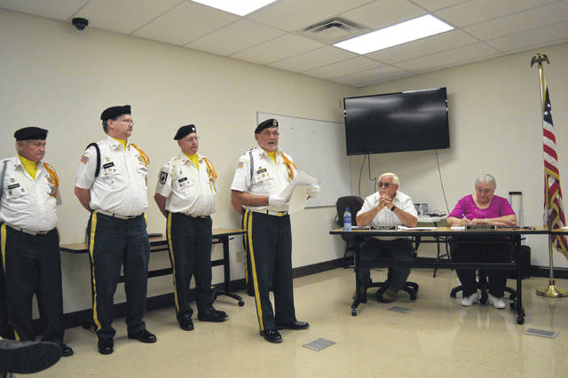 VFW 4464 Post Commander Bill Mangus addresses the Gallipolis City Commission.