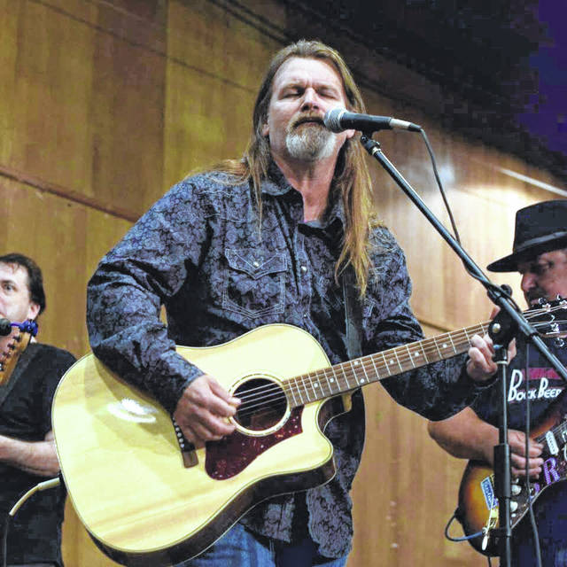 Roach brings classic country and rock to Hot Summer Nights at the French Art Colony.