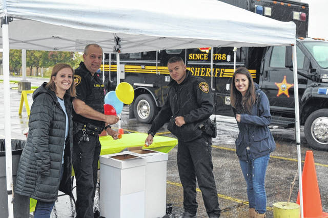Gallia County Sheriff's Office, Gallia County Citizens for Prevention and Recovery (CPR), and Holzer Health System recently offered Drug Take Back Day at the Holzer Gallipolis Campus. The community turned in 61 pounds of prescription and over-the-counter medication during the event.