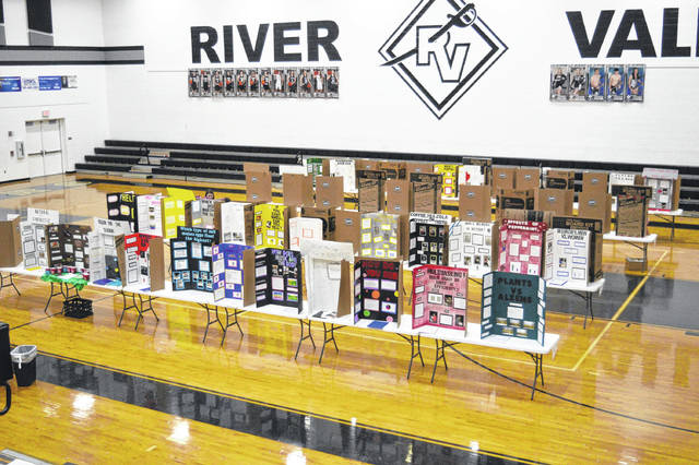 River Valley High School students shared 71 projects with area judges.