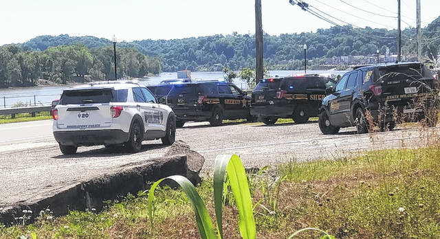 Several law enforcement agencies responded to a pursuit in Pomeroy on Sunday.