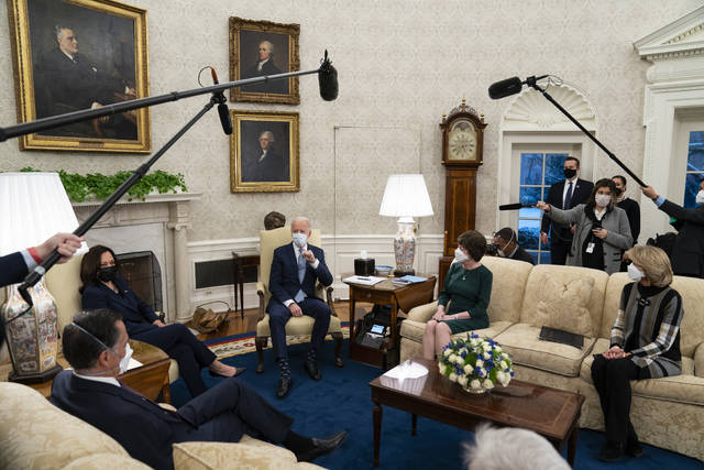 President Joe Biden meets Republican lawmakers to discuss a coronavirus relief package, in the Oval Office of the White House, Monday, Feb. 1, 2021, in Washington. From left, Sen. Mitt Romney, R-Utah, Vice President Kamala Harris, Biden, Sen. Susan Collins, R-Maine, and Sen. Lisa Murkowski, R-Alaska. (AP Photo/Evan Vucci)