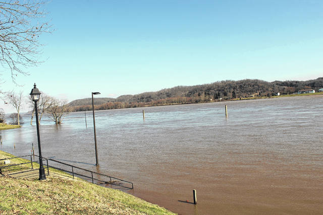 The Ohio River overtakes the Gallipolis Public Use Area on Thursday afternoon. (Beth Sergent   OVP)