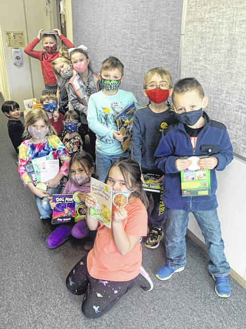 Pictured are Kindergarten students who received prizes (more books) for reading 10 or more books: Owen Saunders, Adam Adams, Lydia Bostic, Mariah Conkle, Ava Anderson, Avery Barcus, Jaxon Lovejoy, Peightyn Mullins, Andrew Mulford, Jordan Bluhm, Liam Corbin.
