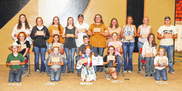 Pictured is a group photo of winners in the Cattlemen's Written Test Contest at the 2021 National Junior Shorthorn Show and Youth Conference.