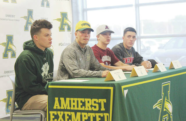 Steele seniors Anthony Berrios, Hunter Cassidy, Ryan Glowacki, and Evan Shawver commit to playing baseball in college on National Signing Day.