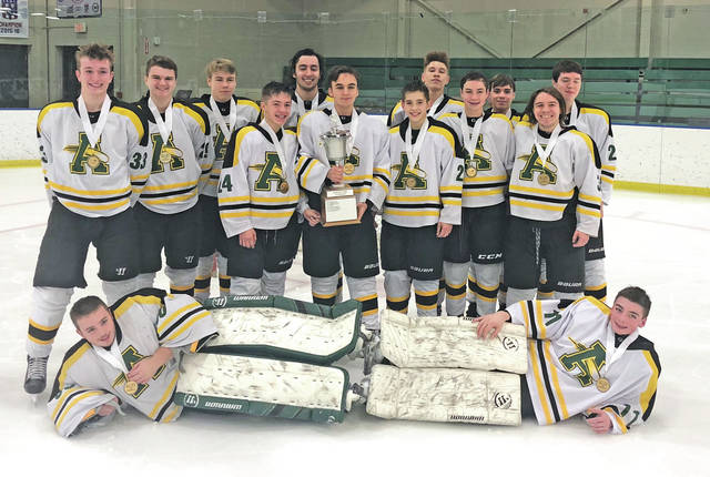 The Amherst Comets rode the 2017-2018 season to Southwestern Conference and Baron Cup II titles.
