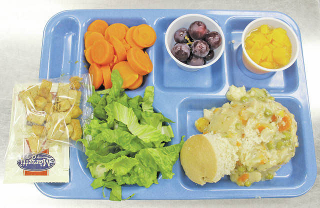 <p style=&quot;text-align: center;&quot;><strong>McCormick Middle School, Wellington</strong> <p style=&quot;text-align: center;&quot;>Chicken pot pie in a bread bowl, salad with croutons and dressing, carrots, grapes, and peaches.