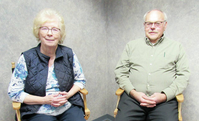 Virginia Lumbrezer and Wayne Dinius were recognized at the recent 4-H banquet for 30 years of service as advisors.