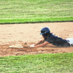 Blue Streaks tame Bears, 7-5