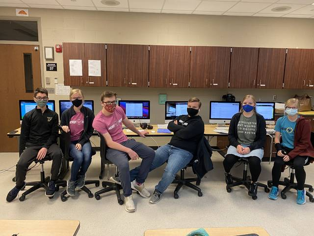 The Pettisville Quiz Team varsity team prepare prior to the start of the National Academic Quiz Tournament held last weekend. The team tied for 11th place overall.