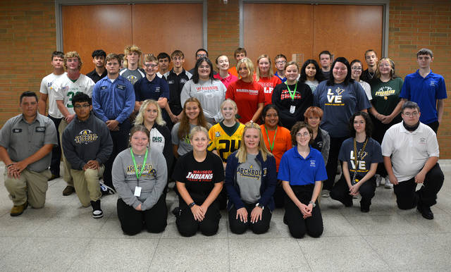 Four County Career Center in Archbold celebrated Fall Sports Spirit Day. One hundred and fifty student athletes, cheerleaders, and band members from all 22 associate schools were recognized. Shown above are the students from Fulton County.
