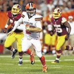 Browns' QB showing Manziel the way