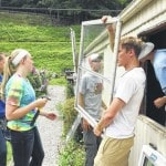 Lehman students work at Kentucky mission