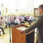 Community gathers to learn about heroin