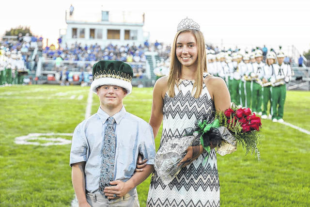 Dallas Poeppelman and Abby Gaydosh were crowned king and queen for the 2017 Anna homecoming game and dance. The crowning was held during the Oct. 13 football game. Poeppelman is the son of Ted and Michelle Poeppelman. Gaydosh is the daughter of Dave and Tricia Gaydosh.