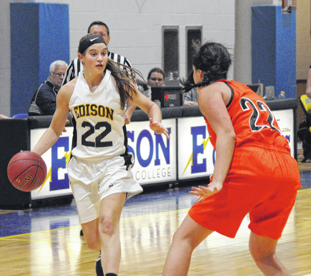 Edison State freshman forward Clair Schmitmeyer dribbles during a game against Ohio Northern JVs on Tuesday night. Schmitmeyer, a Versailles graduate, is averaging 7.7 points per game.