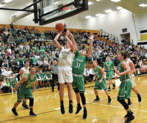 Anna pulls away from Botkins for win