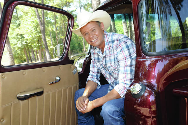 Neal McCoy will perform in June for the Miami Valley Centre Mall's Spectacular Summer Cruise-in & Concert in Piqua.