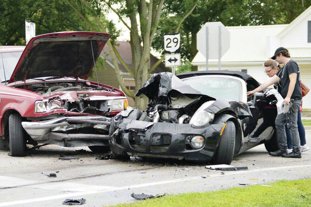 Despite serious damage to the vehicles no one was seriously injured when a car and pickup truck collided at the intersection of state routes 29 and 119 shortly before 5 p.m. Saturday, Aug 31. Anna rescue and the Van Buren Fire Department responded. The Shelby County Sheriff's Office is investigating.