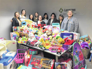 Leugers Insurance makes holiday donation