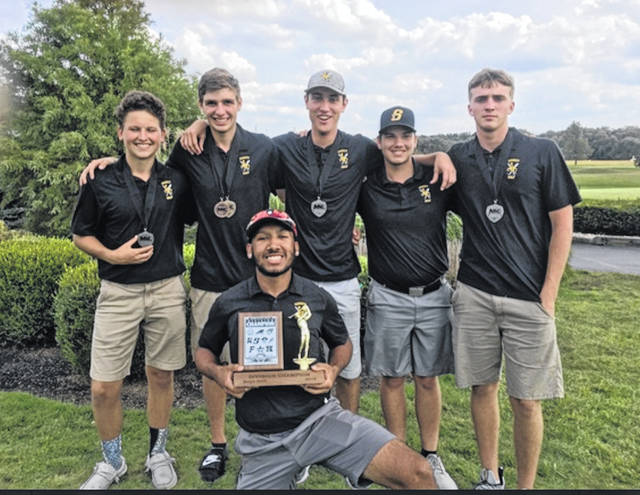 Kaden Abbott, Trey Werntz, Mitchell Larger, Brandan Rose, Ben Spangler and Darius Boeke, holding the MVL trophy, celebrate their golf season.