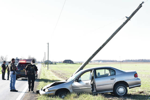 A driver headed westbound in the 8000 block of Fort Loramie Swanders Road drifted off the north side of the road and crashed into a utility pole, snapping it at its base. The driver is being evaluated by medics but there were no life threatening injuries. The Shelby County Sheriff's Office is investigating the crash.