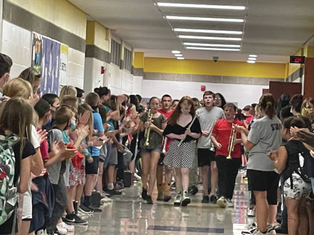 Sidney Middle School holds a clap out recently.