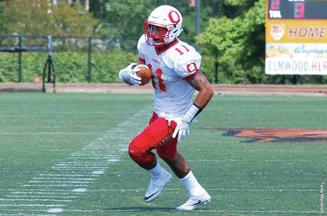 Julian Lowe scored three TD's (rushing, receiving and throwing) at the D3 Senior Classic.