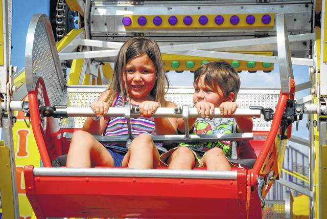 It maybe a small ferris wheel, but to someone who is small like Khloe Stokes and Elijah Nappi it seemed as big as the 40-foot tall one across the way.