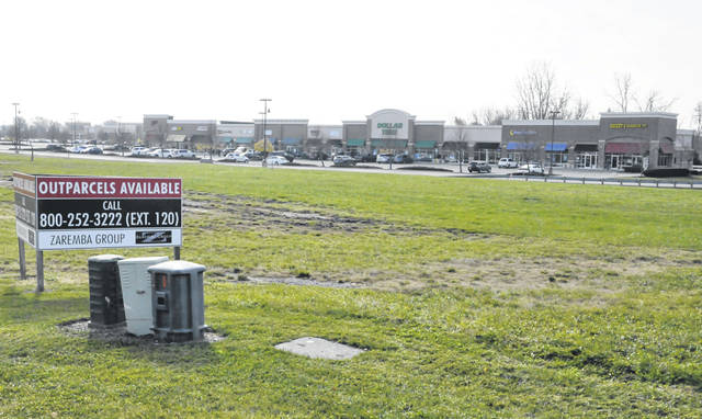 Pictured is an outlot at the Glennwood Commons shopping center on Sunbury Road in Delaware that could soon be home to a Raising Cane's restaurant, pending Delaware City Council's approval.