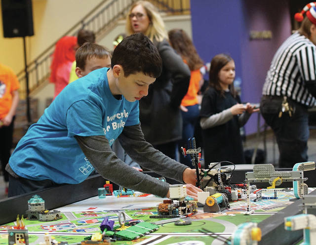 In all, six teams from Greene County advanced to the Ohio Championship: Hobbots, Beavercreek Superbuilders, Psychic Pineapples, Square Roots, Robo Rebels, and Darth Foxes.