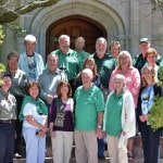 Volunteers tour governor's residence