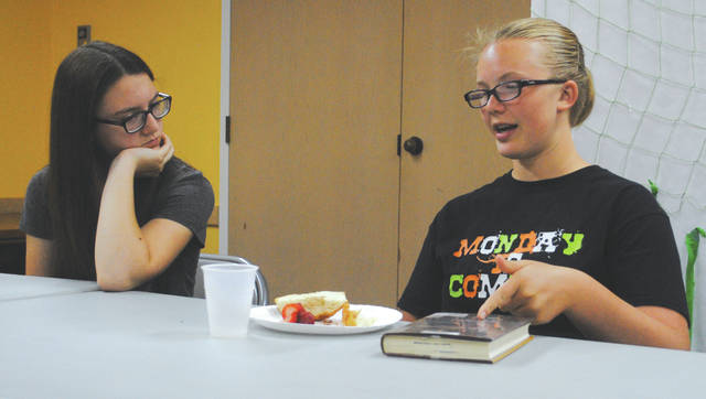 Whitney Vickers | Greene County News The Fairborn Community Library invited students in grades 6-12 over for a discussion about what books they've been reading over brunch. After sharing, attendees played a book trivia game.