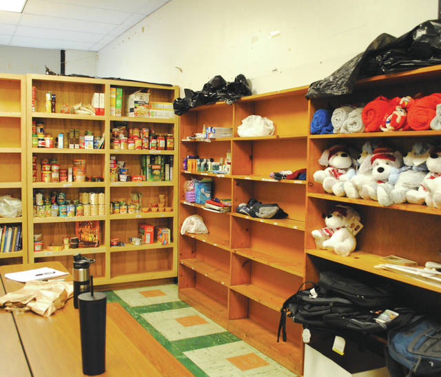 Whitney Vickers | Greene County News The Pantry Closet is open Thursdays during the lunch periods at Baker Middle School.