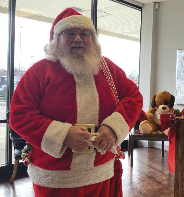 Whitney Vickers | Greene County News Paul Shadowen, a Fairborn native, has been putting on the big red suit for 33 years.