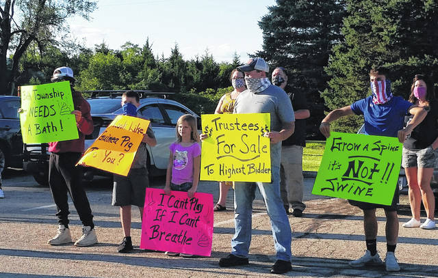 London Bishop | Greene County News Protesters raised frustrations over the continued operation of the biodigester, despite the cease-and-desist order issued nearly a year ago.
