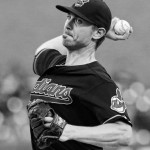 Indians' Tomlin throws 4-hitter against Tigers